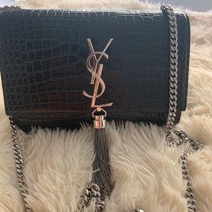 b3b96dbe8d0 Women's Saint Laurent Crossbody Bags | Poshmark